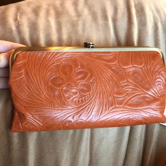 19d728d941311 Lauren hobo tooled leather wallet. NWT
